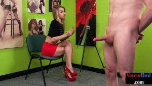 Voyeuristic british babe watches jerkoff while painting